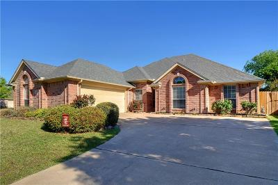 North Richland Hills Single Family Home For Sale: 8201 Lost Maple Drive