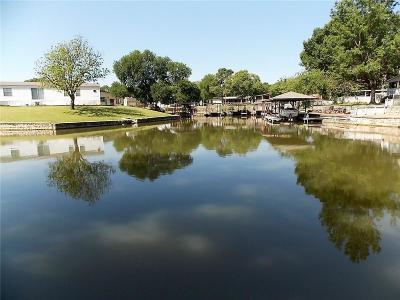 Parker County, Tarrant County, Hood County, Wise County Single Family Home For Sale: 3704 E Port Ridglea Court