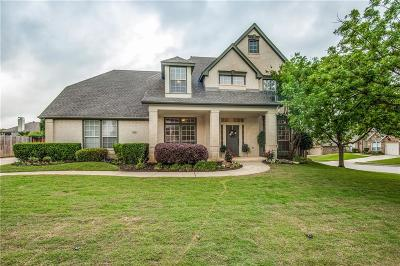 Grapevine Single Family Home Active Contingent: 2721 Cliffwood Drive