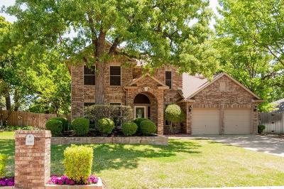North Richland Hills Single Family Home For Sale: 7812 Ember Oaks Drive