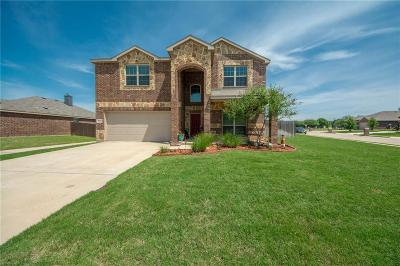 Cross Roads Single Family Home For Sale: 9121 Tumbleweed Drive