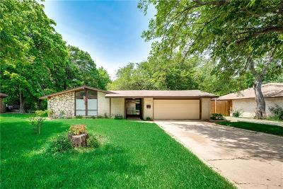 Desoto Single Family Home For Sale: 325 Meadowcreek Drive