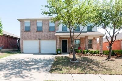 Fort Worth Single Family Home For Sale: 1804 Wind Dancer Trail