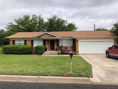 Stephenville Single Family Home For Sale: 1349 Melissa Drive
