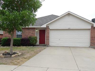 Royse City Single Family Home Active Option Contract: 2809 Mockingbird Street