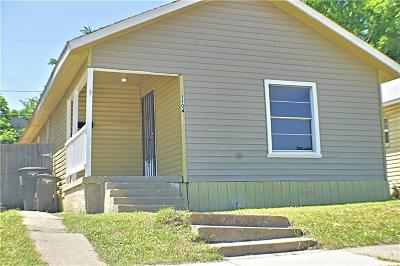 Fort Worth Single Family Home For Sale: 1104 E Annie Street