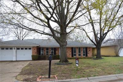 Benbrook Single Family Home For Sale: 1205 Duane Street