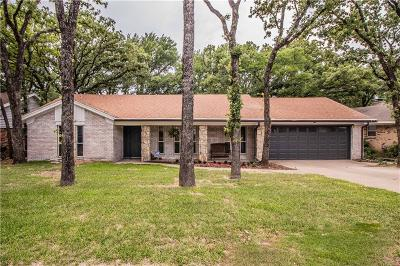 Euless Single Family Home For Sale: 506 Canyon Ridge Drive