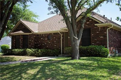 Keller Single Family Home For Sale: 301 Country Manor Drive