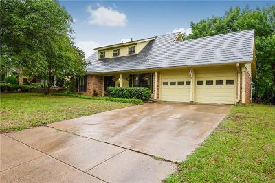 Euless Single Family Home For Sale: 1613 Windlea Drive