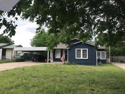 Azle Single Family Home For Sale: 209 Victoria Avenue