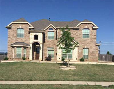 Kennedale Single Family Home For Sale: 909 Sunrise Drive