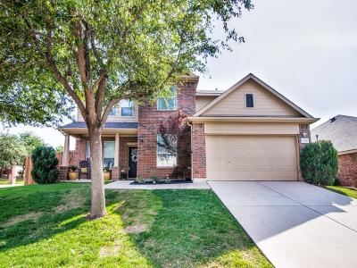 Fort Worth Single Family Home For Sale: 12201 Hedge Apple Court