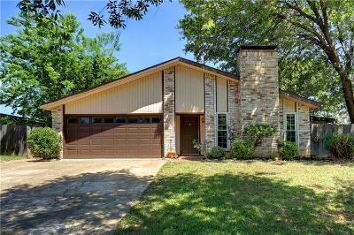 Bedford Single Family Home For Sale: 3216 Red Oak Lane