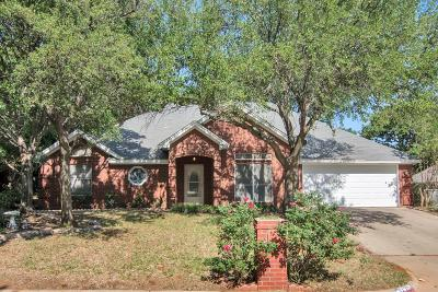 North Richland Hills Single Family Home For Sale: 7704 Aubrey Lane