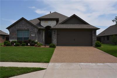 Waxahachie Single Family Home For Sale: 107 Manor Lane
