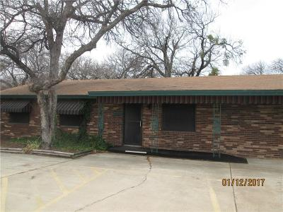 Azle Single Family Home For Sale: 1025 Southeast Parkway