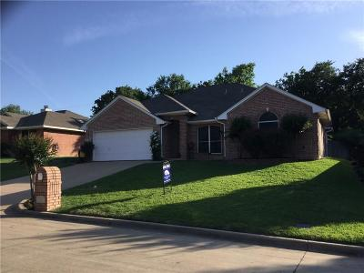 Mansfield Single Family Home For Sale: 1427 Whispering Water Lane