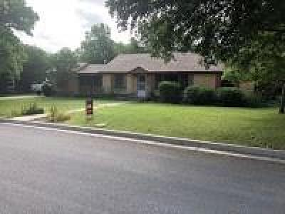 Richland Hills Single Family Home Active Option Contract: 7136 Glen Hills Road