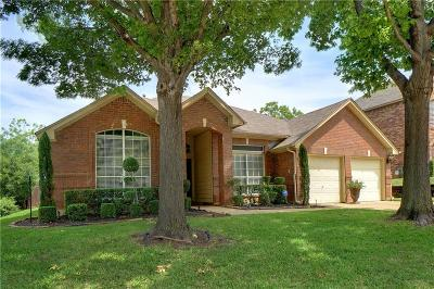 Grapevine Single Family Home For Sale: 4209 Hallmont Drive