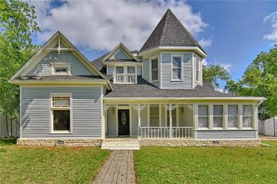 Cleburne Single Family Home For Sale: 308 Featherston Street