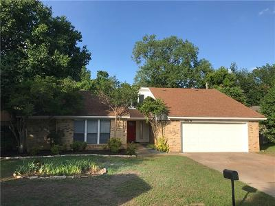 Arlington Single Family Home For Sale: 5419 Parliament Drive