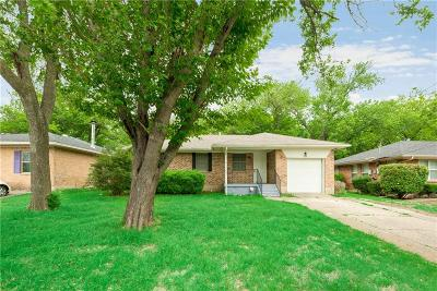 Desoto Single Family Home Active Option Contract: 109 Evelyn Street