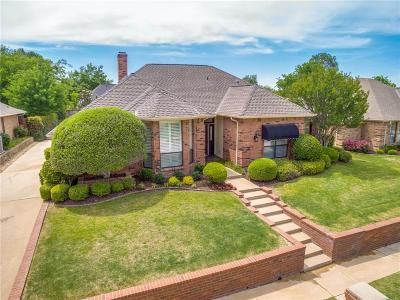 Hurst, Euless, Bedford Single Family Home Active Option Contract: 3713 Oak Cove Lane