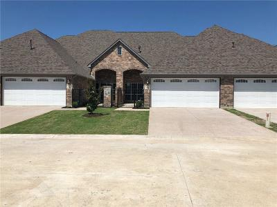 Townhouse For Sale: 4904 Dacy Lane