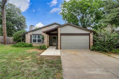 Euless Single Family Home For Sale: 404 Shelmar Drive