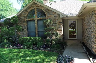 Grapevine Single Family Home Active Option Contract: 713 Lakewood Lane