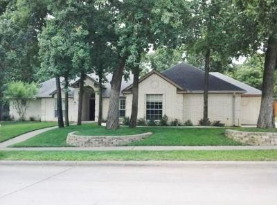 Azle Single Family Home For Sale: 1621 Spinnaker Lane