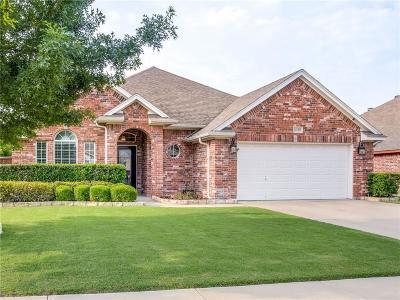 Benbrook Single Family Home Active Option Contract: 8429 Arroyo Lane