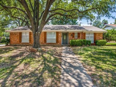 North Richland Hills Single Family Home For Sale: 7112 Corona Drive