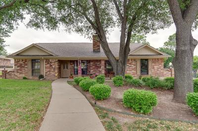 North Richland Hills Single Family Home For Sale: 6512 Woodcreek Lane