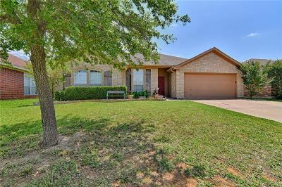 Mansfield Single Family Home For Sale: 1705 Bertram Drive
