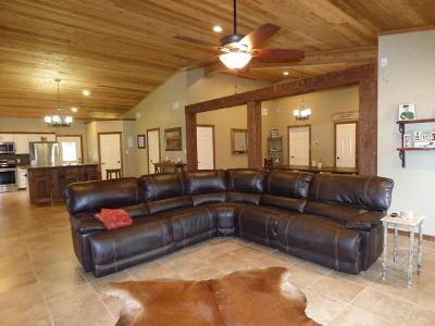 Canton TX Single Family Home Active Option Contract: $225,000