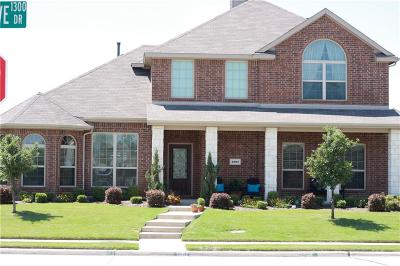 Rockwall Single Family Home For Sale: 1387 Crescent Cove Drive