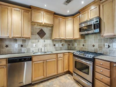 Single Family Home For Sale: 4017 Beechwood
