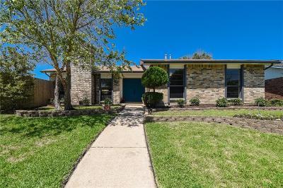 Carrollton Single Family Home For Sale: 1827 Clear Creek Lane
