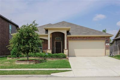 Fort Worth Single Family Home For Sale: 13037 Palancar Drive