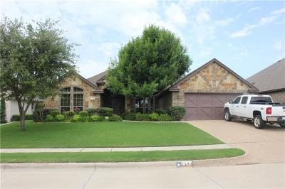 Benbrook Single Family Home For Sale: 7504 Green Links Drive