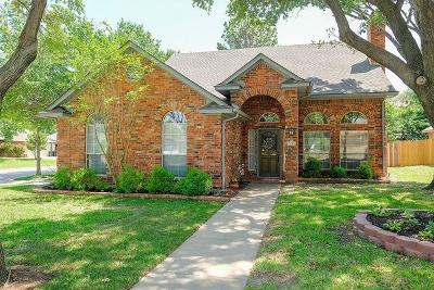 Grapevine Single Family Home For Sale: 1705 Brettenmeadow Drive