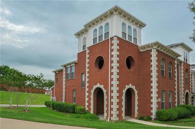 Lewisville Townhouse Active Option Contract: 301 Legends Drive
