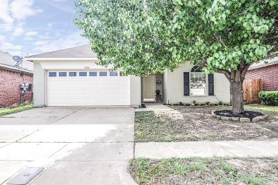 Fort Worth Single Family Home Active Option Contract: 8524 Rainy Lake Drive