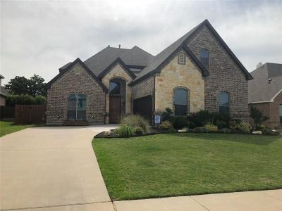 Kennedale Single Family Home For Sale: 1006 Bell Oak Drive