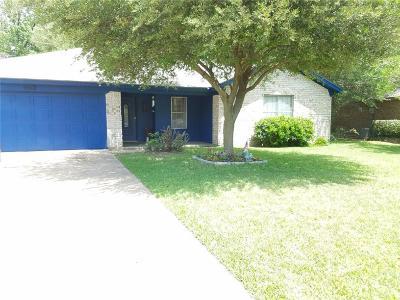 Cleburne Single Family Home For Sale: 2018 Pebblecreek Drive