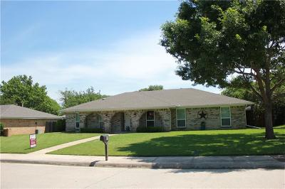 Lewisville Single Family Home For Sale: 619 Cimmaron Strip