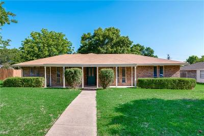 Desoto Single Family Home For Sale: 217 Connie Drive