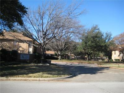 Addison Condo For Sale: 16301 Ledgemont Lane #260